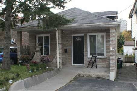 Northcliff Blvd.,Toronto,2 Bedrooms Bedrooms,1 BathroomBathrooms,House,Northcliff Blvd.,1098
