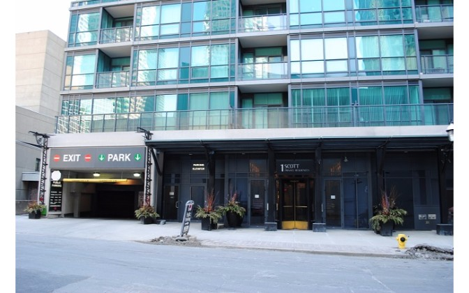 1 Scott Street,Toronto,1 Bedroom Bedrooms,1 BathroomBathrooms,Condominium,London on the Esplanade,Scott Street,1108