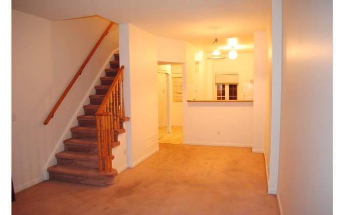 2 St. Moritz Way,Markham,3 Bedrooms Bedrooms,2 BathroomsBathrooms,Townhouse,St. Moritz Way,1109