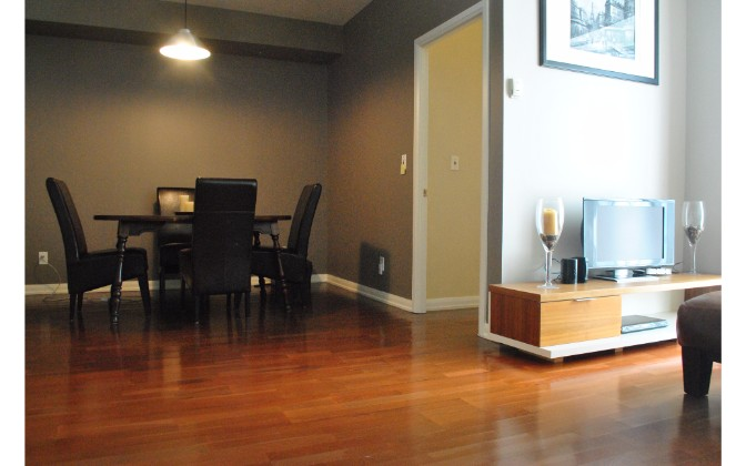 18 Beverley Street Toronto,2 Bedrooms Bedrooms,2 BathroomsBathrooms,Condominium,Phoebe on Quee,Beverley Street,1121
