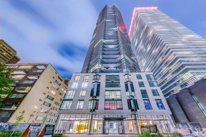 33 Charles Street East,Toronto,2 Bedrooms Bedrooms,2 BathroomsBathrooms,Condominium,Casa Condos,Charles Street East,27,1131