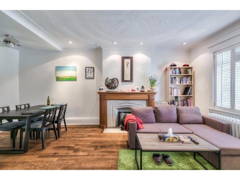 Oakwood Avenue,Toronto,3 Bedrooms Bedrooms,2 BathroomsBathrooms,House,Oakwood Avenue,1150