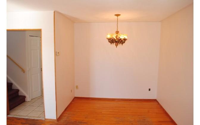 Sills Road,Toronto,4 Bedrooms Bedrooms,1 BathroomBathrooms,House,Sills Road,1155