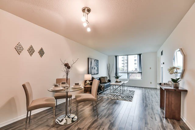 95 Prince Arthur Avenue,Toronto,2 Bedrooms Bedrooms,2 BathroomsBathrooms,Condominium,The Dunhill Club,Prince Arthur Avenue,8,1157