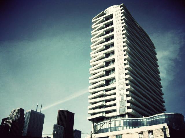 3 Market Street,Toronto,2 Bedrooms Bedrooms,2 BathroomsBathrooms,Condominium,Market Wharf,Market Street,4,1163