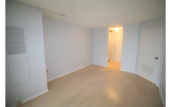 110 Bloor Street West,Toronto,1 Bedroom Bedrooms,1 BathroomBathrooms,Condominium,The Residences at 110,Bloor Street West,15,1177