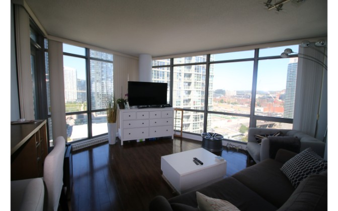 3 Navy Wharf Court, Toronto, 1 Bedroom Bedrooms, ,1 BathroomBathrooms,Condominium,For Rent,HARBOUR VIEW ESTATES Ⅲ,Navy Wharf Court,22,1180