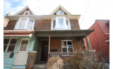 307 Greenwood Avenue,Toronto,2 Bedrooms Bedrooms,1 BathroomBathrooms,Apartment,Greenwood Avenue,1181