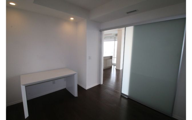 1 Bloor Street East, Toronto, 2 Bedrooms Bedrooms, ,2 BathroomsBathrooms,Condominium,For Rent,One Floor,1 Bloor Street East,74,1183