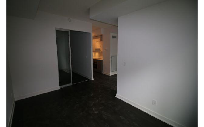 199 Richmond Street West, Toronto, 1 Bedroom Bedrooms, ,1 BathroomBathrooms,Condominium,For Rent,Studio 1,Richmond Street West,4,1184