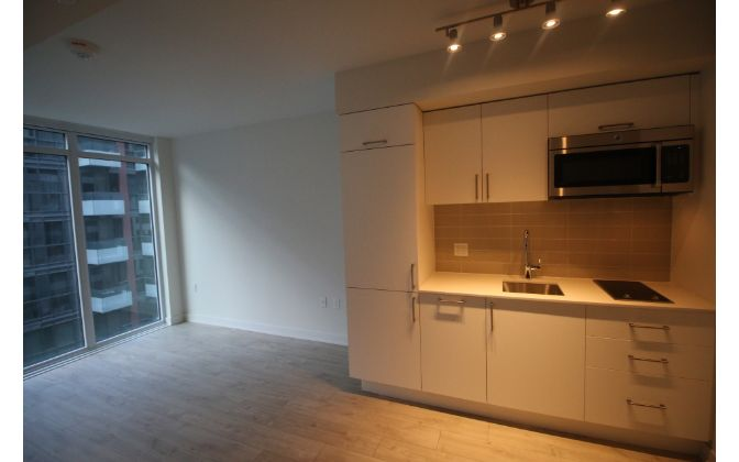576 Front Street West, Toronto, 1 Bedroom Bedrooms, ,1 BathroomBathrooms,Condominium,For Rent,Minto Westside Condos,Front Street West,6,1190
