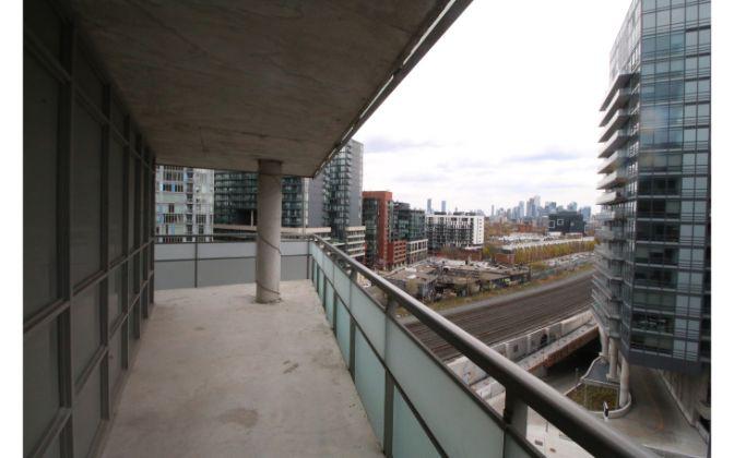 38 Joe Shuster Way, Toronto, 2 Bedrooms Bedrooms, ,1 BathroomBathrooms,Condominium,For Rent,The Bridge,Joe Shuster Way,10,1033