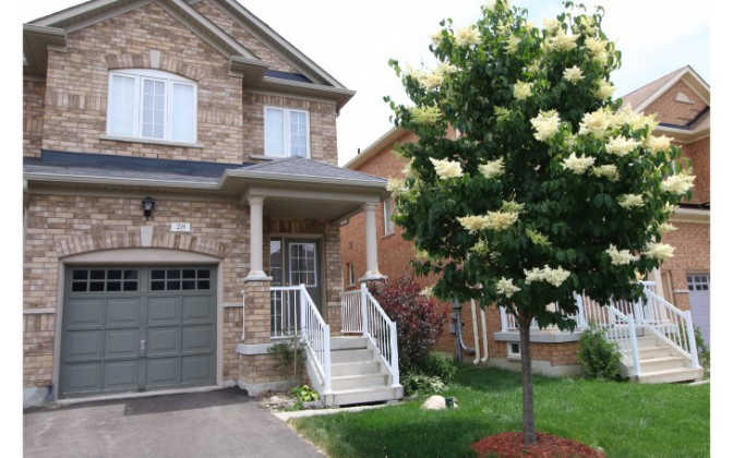 Cabin Trail Crescent,Whitchurch-Stouffville,3 Bedrooms Bedrooms,2 BathroomsBathrooms,Townhouse,Cabin Trail Crescent,1042