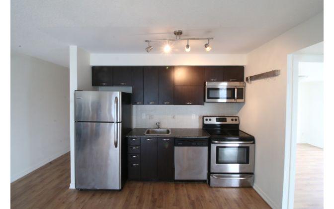 38 Joe Shuster Way, Toronto, 2 Bedrooms Bedrooms, ,1 BathroomBathrooms,Condominium,For Rent,The Bridge,Joe Shuster Way,12,1048