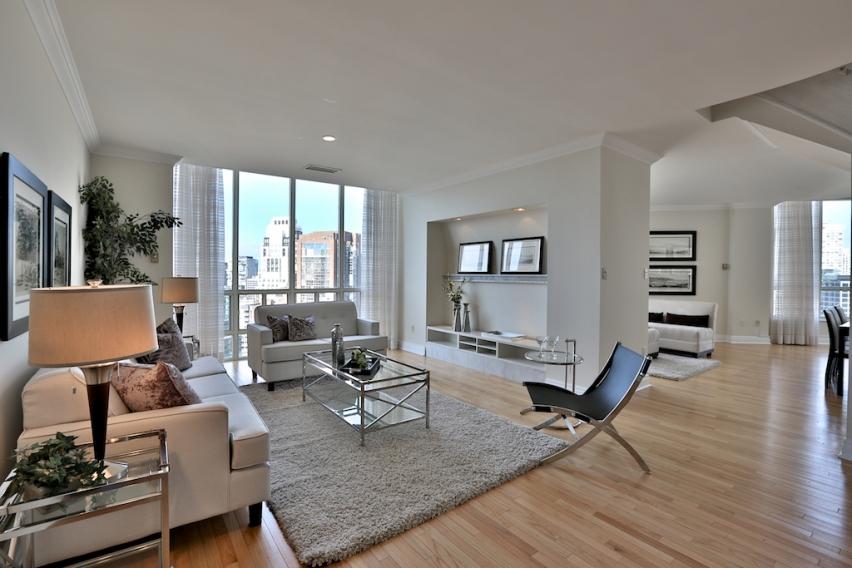 44 St. Joseph Street Toronto,3 Bedrooms Bedrooms,3 BathroomsBathrooms,Condominium,St. Joseph Street,1057