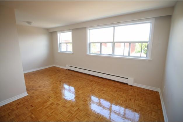 100 Browns Line,Toronto,1 Bedroom Bedrooms,1 BathroomBathrooms,Apartment,Browns Line,3,1065