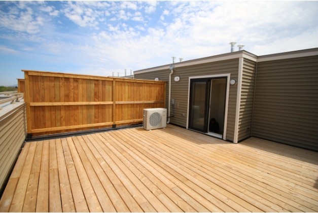 115 Long Branch Avenue,Toronto,2 Bedrooms Bedrooms,2 BathroomsBathrooms,Townhouse,Long Branch Avenue,1069