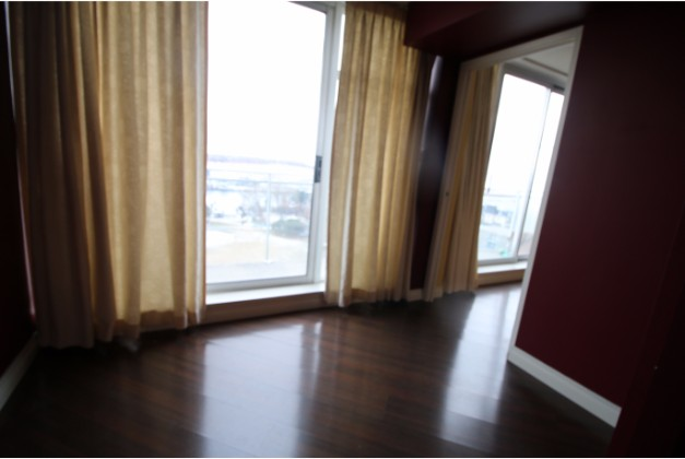 650 Queen Quay West,Toronto,1 Bedroom Bedrooms,1 BathroomBathrooms,Condominium,The Atrium,Queen Quay West,18,1078