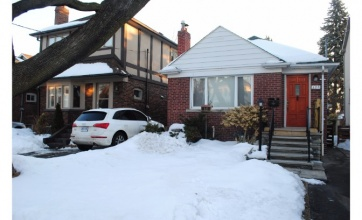 Rumsey Road,Toronto,2 Bedrooms Bedrooms,2 BathroomsBathrooms,House,Rumsey Road,1086